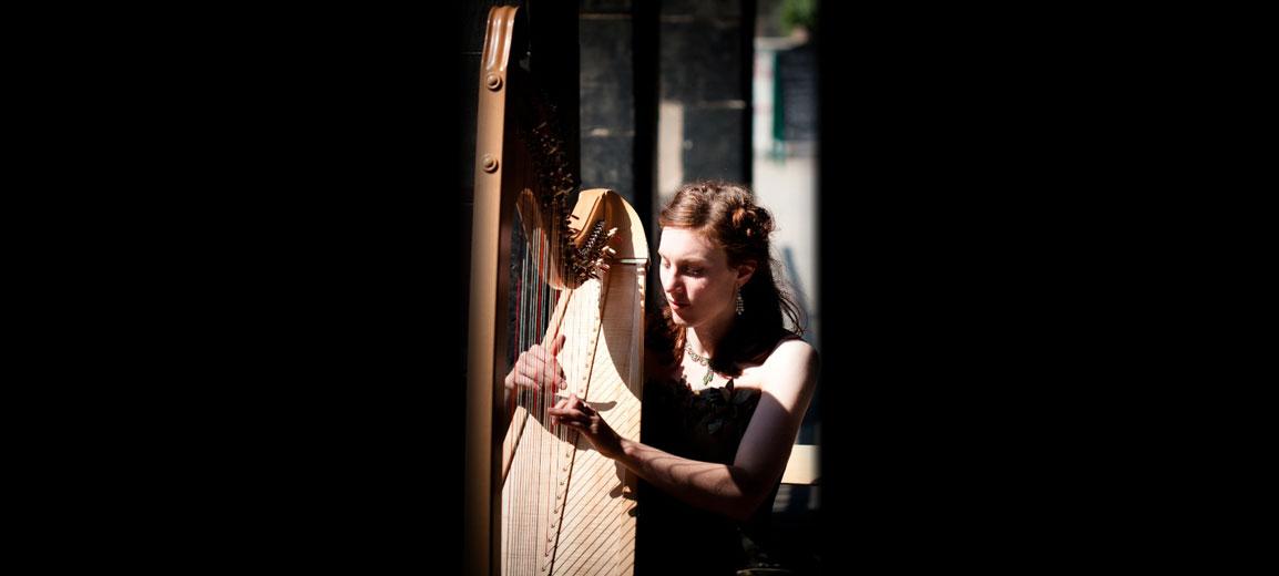 Hire Tamsin Harpist