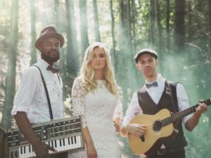 Just Folk wedding musicians perform at Harrogate Wedding in the woods
