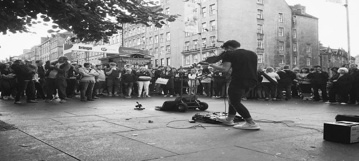 Edinburgh Fringe Busking 1154