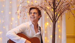 Solo Acoustic guitar singer