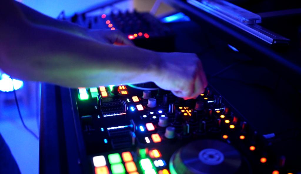 Hire a wedding DJ